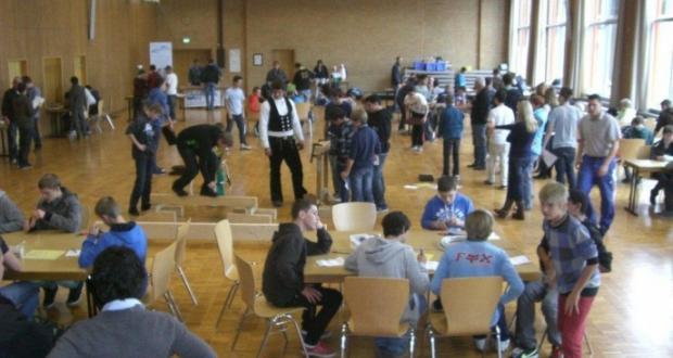 Ausflug der beiden 8. Klassen zum Berufeparcour nach Dielheim
